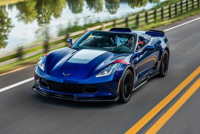 2019 Chevrolet Corvette GRAND SPORT Slide 0