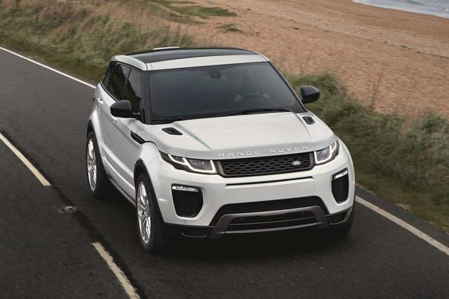 2018 Land Rover Range Rover Evoque SE PREMIUM Slide 0