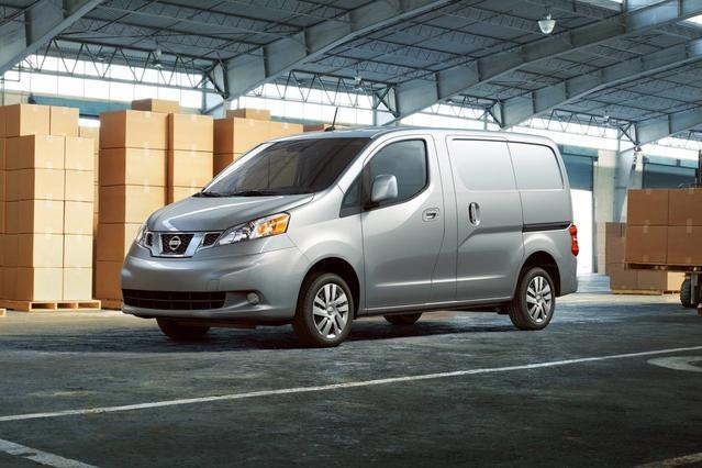 2018 Nissan NV200 Compact Cargo S Minivan Slide 0