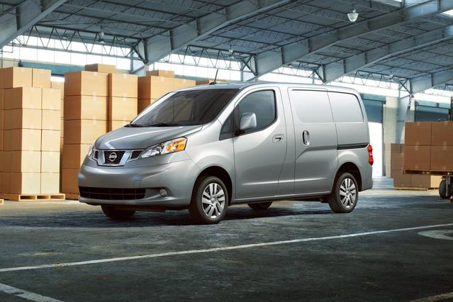 2018 Nissan NV200 Compact Cargo SV Mini-van, Cargo Slide 0