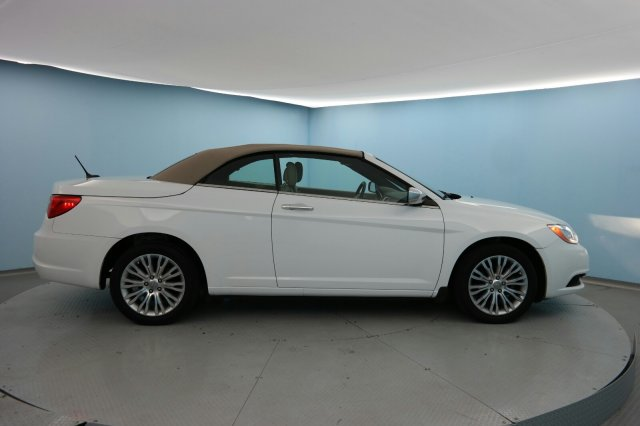 2014 Chrysler 200 LIMITED Convertible Wilmington NC
