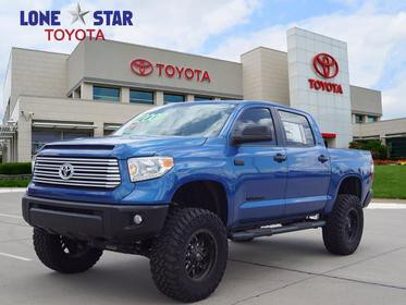2017 Toyota Tundra 4WD SR5 Short Bed Lewisville TX