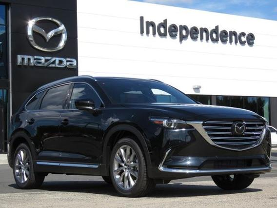 2018 Mazda Mazda CX-9 SIGNATURE Slide 0