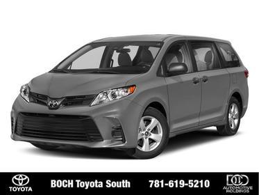 2018 Toyota Sienna LE FWD 8-PASSENGER Mini-van, Passenger North Attleboro MA