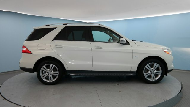 2012 Mercedes-Benz M-Class ML 350 Sport Utility Slide