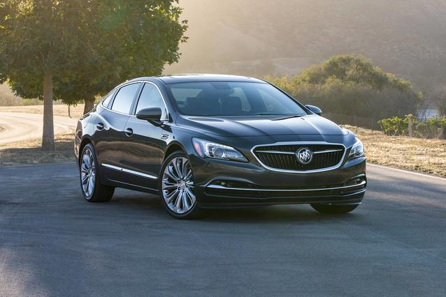 2019 Buick Lacrosse ESSENCE 4dr Car Slide 0