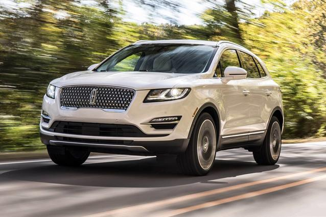 2019 Lincoln Mkc SELECT SUV Slide 0