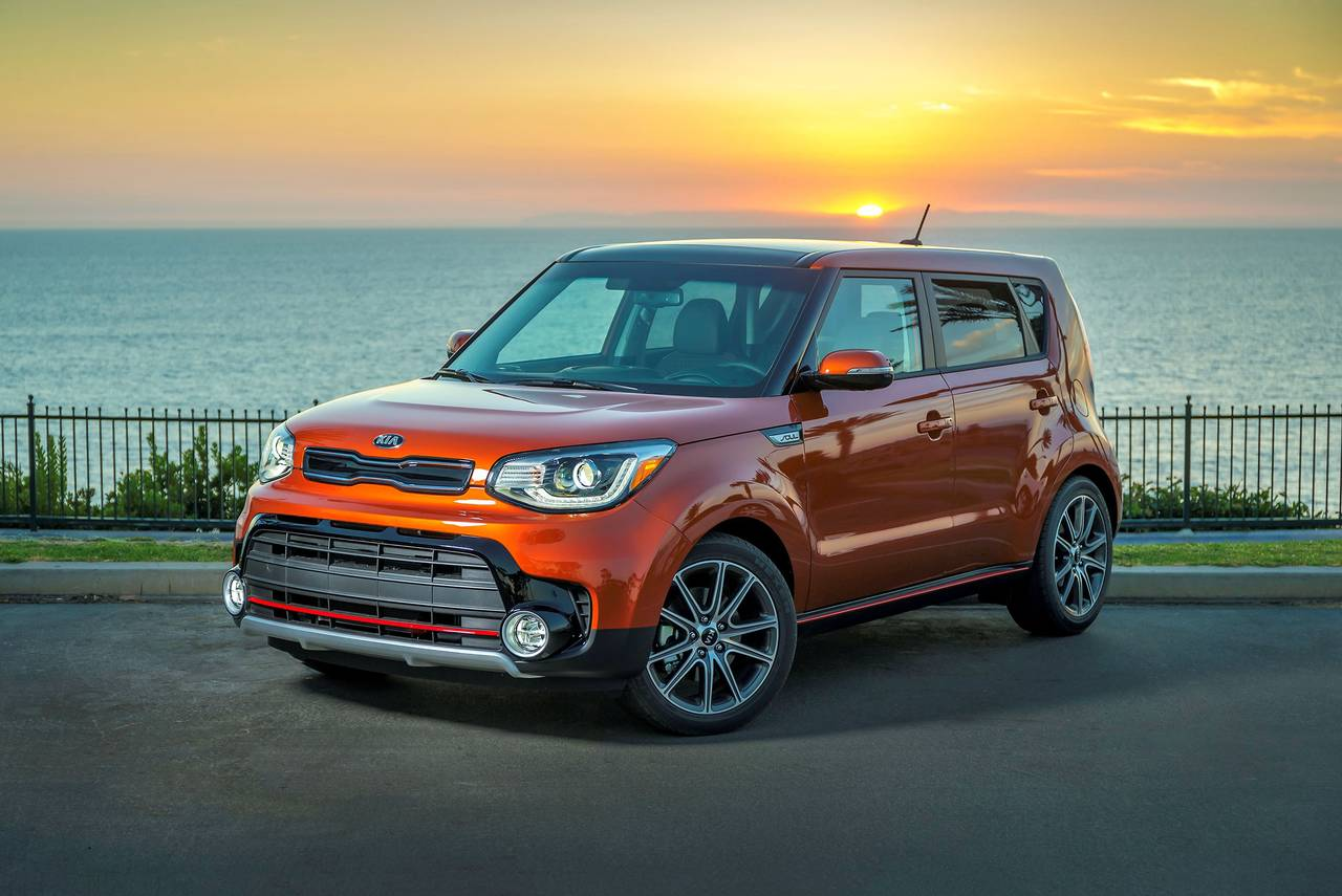 2019 Kia Soul + Hatchback Slide 0
