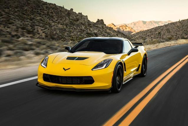 2019 Chevrolet Corvette STINGRAY Slide 0