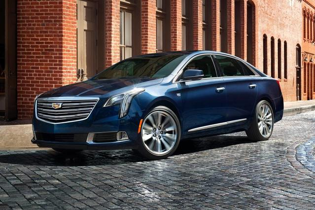 2019 Cadillac XTS LUXURY 4dr Car Slide 0