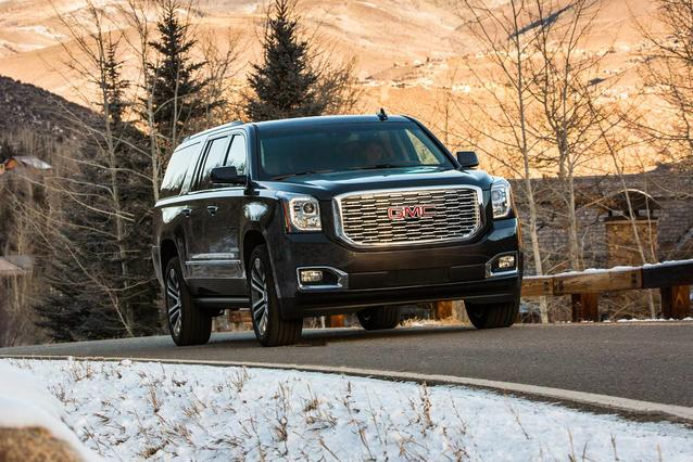 2019 GMC Yukon XL DENALI Slide 0