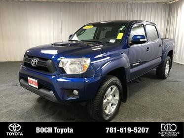 2015 Toyota Tacoma 4WD DOUBLE CAB V6 AT Norwood MA