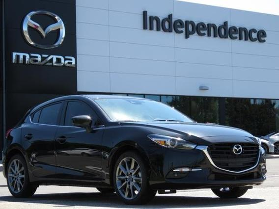 2018 Mazda Mazda3 5-Door GRAND TOURING Slide 0
