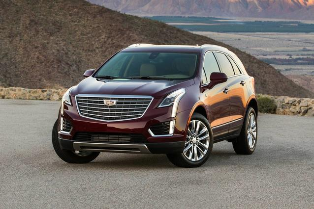 2019 Cadillac Xt5 LUXURY FWD SUV Slide 0