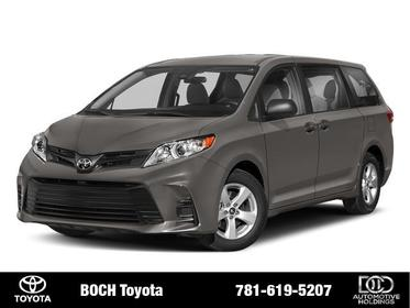 2018 Toyota Sienna XLE FWD 8-PASSENGER Norwood MA