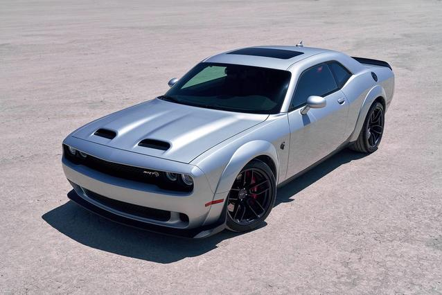 2019 Dodge Challenger GT Slide 0