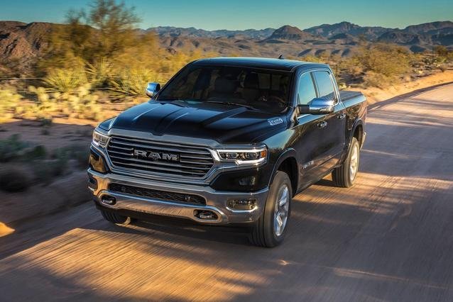 2019 RAM 1500 REBEL Short Bed Slide 0