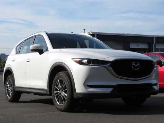 2018 Mazda Mazda CX-5 SPORT Slide 0