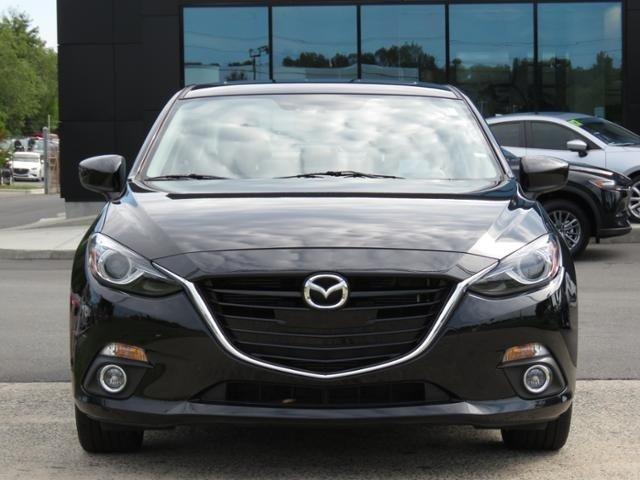 2016 Mazda Mazda3 S GRAND TOURING Slide