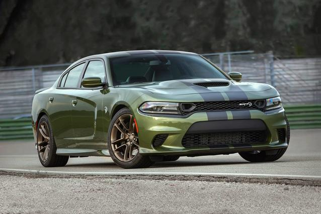 2019 Dodge Charger SCAT PACK 4dr Car Slide 0