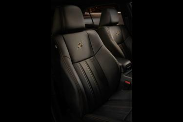 2019 Chrysler 300 LIMITED 4dr Car Durham NC