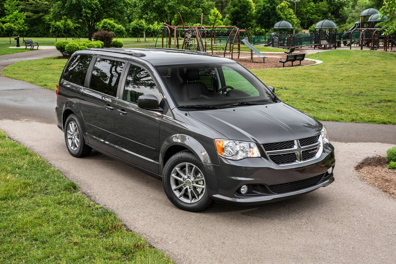 2018 Dodge Grand Caravan GT Minivan Slide 0