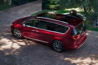2019 Chrysler Pacifica TOURING L Minivan North Charleston SC