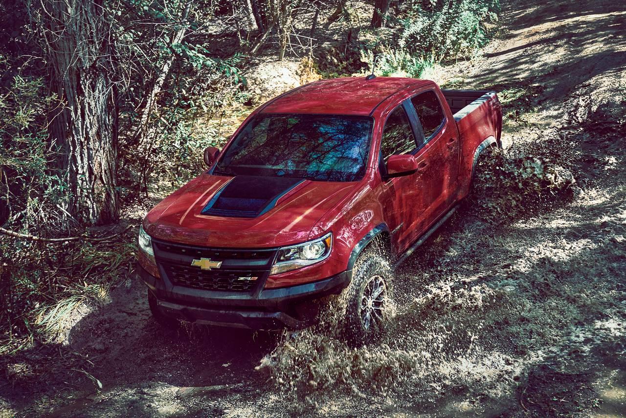 2019 Chevrolet Colorado Z71 Slide 0
