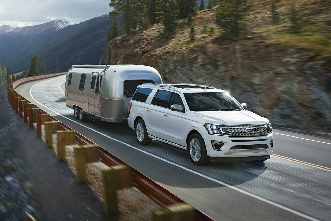 2019 Ford Expedition Max PLATINUM SUV Slide 0