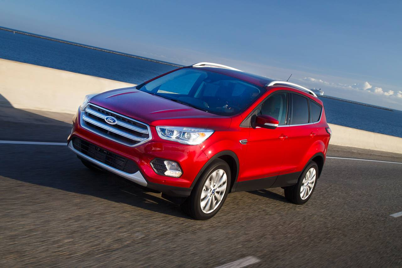 2019 Ford Escape SEL Slide 0