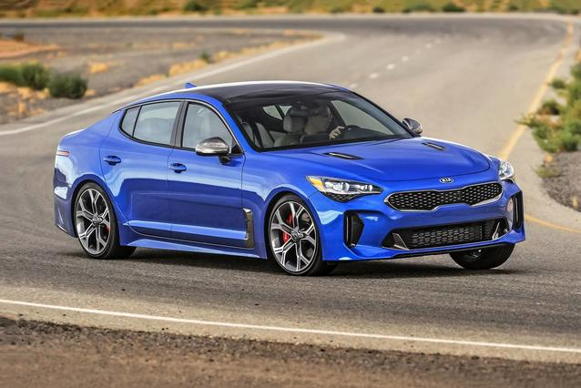 2019 Kia Stinger PREMIUM 4dr Car Slide 0