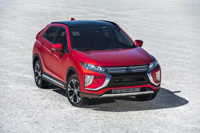 2019 Mitsubishi Eclipse Cross LE SUV Slide 0