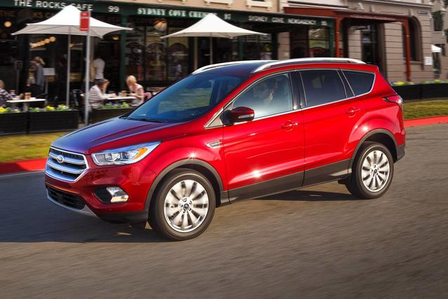 2019 Ford Escape SEL Sport Utility Slide 0