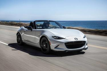 2019 Mazda Mazda Miata GRAND TOURING Slide