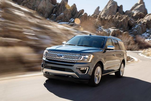 2019 Ford Expedition Max LIMITED SUV Slide 0