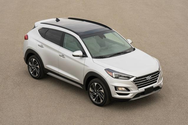 2019 Hyundai Tucson SEL SUV Slide 0