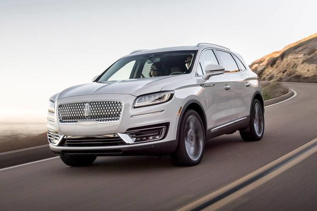 2019 Lincoln Nautilus RESERVE Sport Utility Slide 0