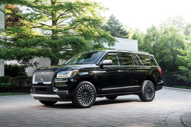 2019 Lincoln Navigator L RESERVE SUV Slide 0