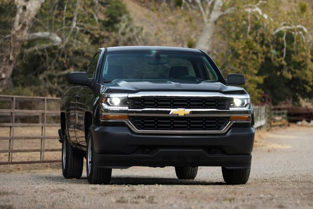 2019 Chevrolet Silverado 1500 LD LT MIDNIGHT EDITION Slide 0