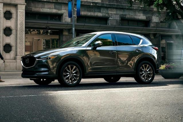 2019 Mazda Mazda CX-5 GRAND TOURING Sport Utility Slide 0