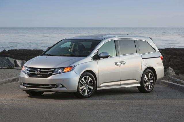 2017 Honda Odyssey EX-L AUTO Minivan Slide 0