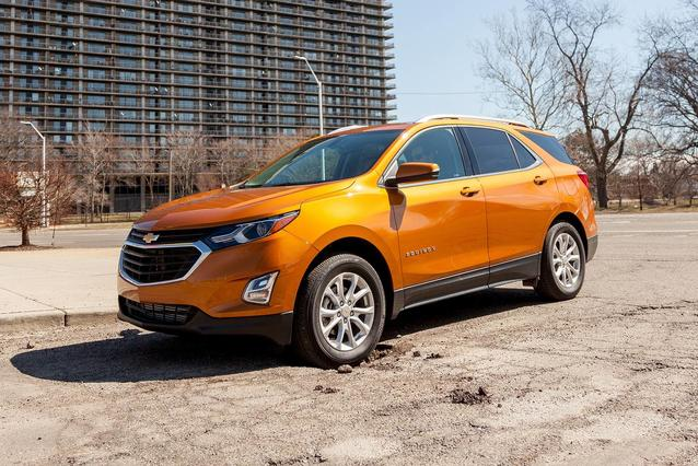 2019 Chevrolet Equinox LT Slide 0