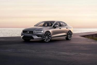 2019 Volvo S60 R-DESIGN Sedan Slide