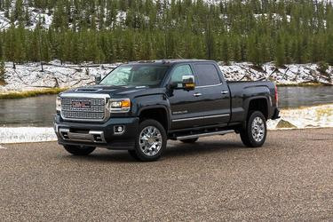 2019 GMC Sierra 2500HD DENALI Pickup Slide