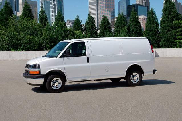 2019 Chevrolet Express 2500 WORK VAN Full-size Cargo Van Slide 0