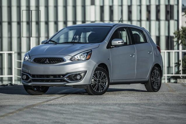 2019 Mitsubishi Mirage ES Hatchback Slide 0