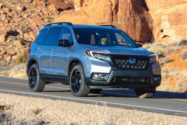 2019 Honda Passport EX-L SUV Slide
