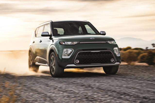 2020 Kia Soul GT-LINE TURBO Hatchback Slide 0