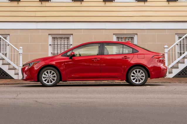 2020 Toyota Corolla XSE XSE CVT 4dr Car Slide 0