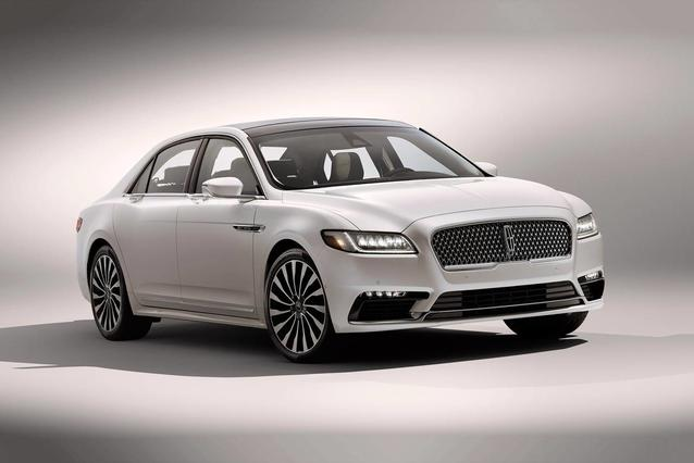 2019 Lincoln Continental SELECT 4dr Car Slide 0